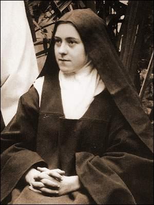 Elle s'appelait Marie-Françoise Thérèse Martin. Quel nom prit-elle en entrant en religion ?