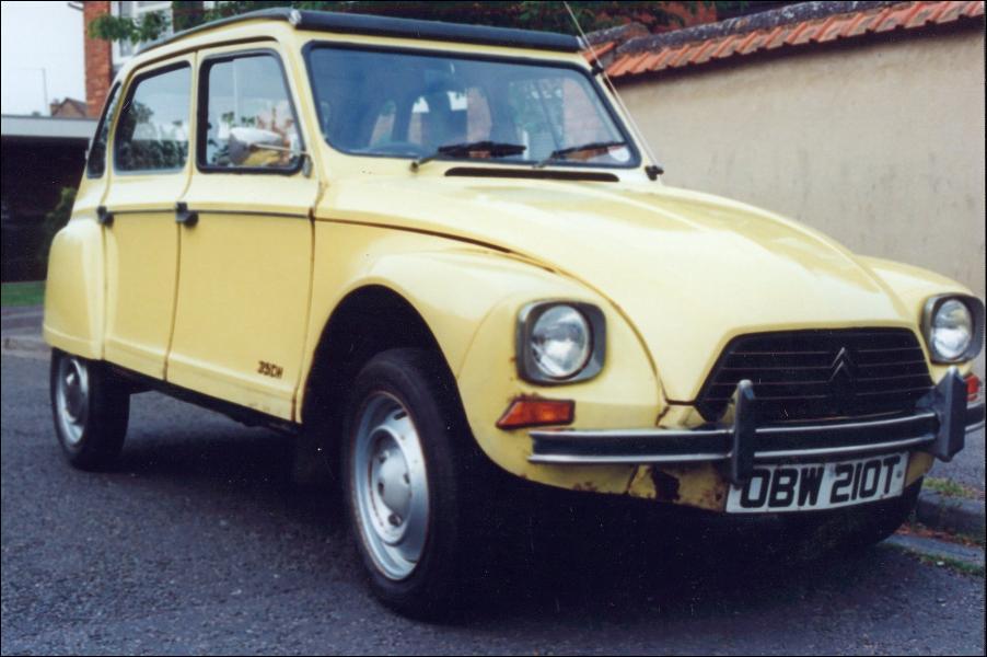 Et cette petite voiture populaire ?