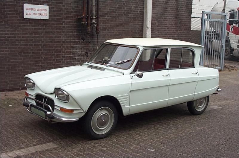 Quelle est cette voiture que l'on surnommait la 3 CV ?