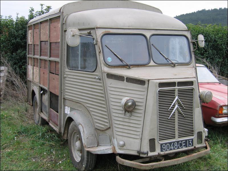 Quels étaient les surnoms de ce fourgon H Citroën très connu ?