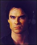 Combien de copines a eu Damon (depuis la saison 2) avant Elena ?