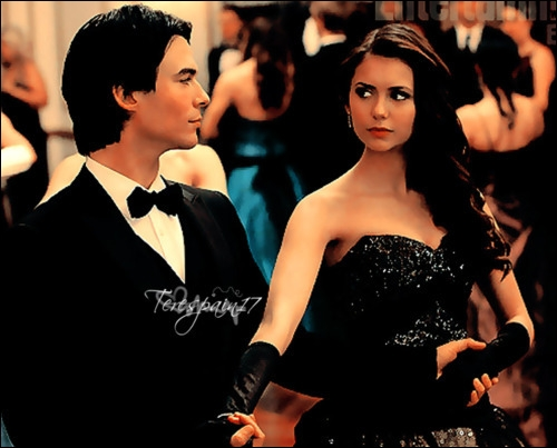 Sur quelle chanson ont dansé Damon et Elena pour la 3ème fois ?