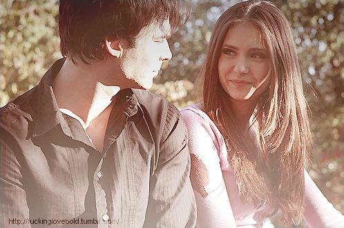 Vampire Diaries : Damon et Elena