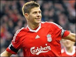 Il évolue en Angleterre (Liverpool). Quel est ce joueur ?