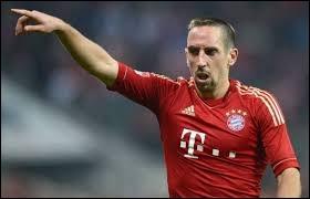 Lui, il évolue en Allemagne (Bayern Munich). Comment s'appelle-t-il ?