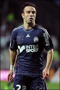 Il évolue en France (Olympique de Marseille). Connaissez-vous ce joueur ?