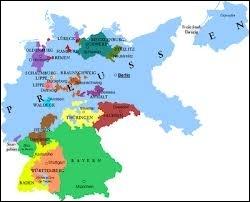 Combien de Länder membres comportait cette République ?
