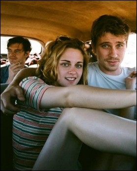 Quel roman culte de Jack Kerouac a été adapté au cinéma en 2012, avec Kristen Stewart dans l'un des rôles principaux ?