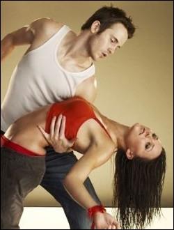 Le scénario de  Sexy Dance 2  reprend celui du premier opus, mais cette fois-ci :