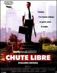 Cinéma : quel acteur tient le rôle principal dans le film  Chute libre , réalisé par Joel Schumacher en 1993 ?