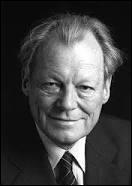 Willy Brandt reçut le prix Nobel de la paix pour sa « Ostpolitik ».