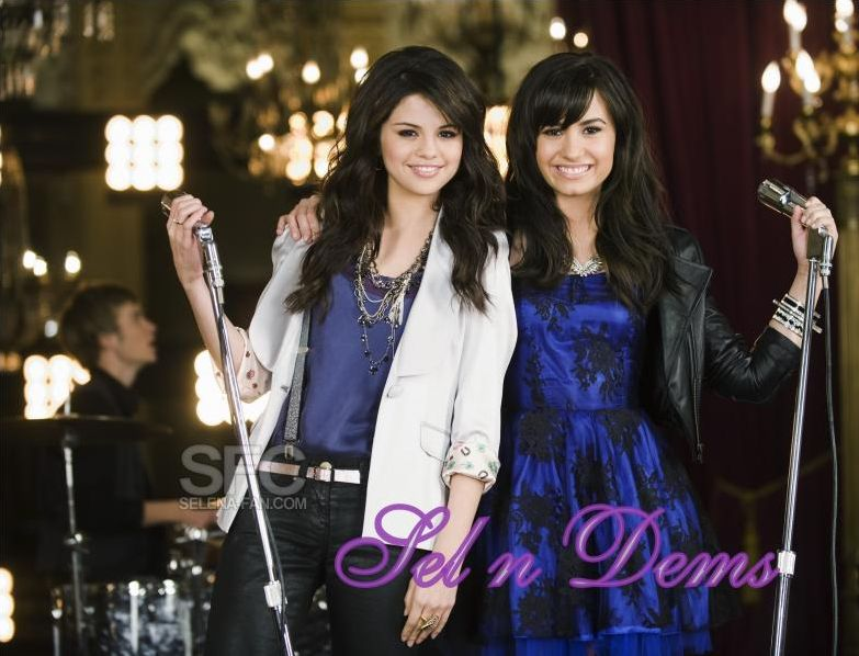 Demi Lovato ou Selena Gomez ?