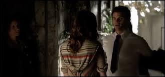 Pourquoi dans l'épisode 4x20 les sorcières kidnappes Hayley ?
