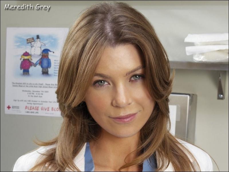 Qui sauve Meredith de la noyade dans la saison 3 ?