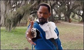 Pour qui Django se fait-il passer à ce moment-là ?