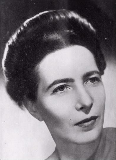 Quelle célèbre philosophe et romancière est l'auteure du célèbre ouvrage «Le Deuxième sexe» et a participé au Mouvement de libération des femmes ?