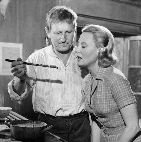 Quel film réunissait de nouveau en 1960 Michèle Morgan incarnant une élégante bourgeoise, et Bourvil sous les traits d'un frustre braconnier ?