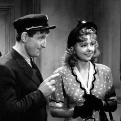 L'une de ses toutes premières  fiancées  du cinéma dans  Blanc comme neige  en 1948 ... .