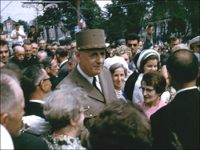 Comment le général de Gaulle appelait-il les Nations-Unies ?