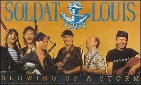 Quelle boisson a chanté Soldat Louis dans deux chansons : ''Du -------- des femmes'' et ''Encore un -------- '' ?