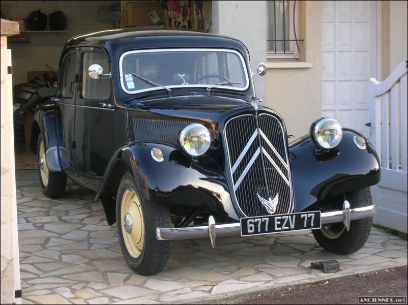 Savez-vous quelle est cette voiture ?