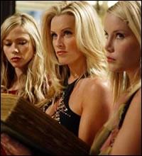 [Le Pouvoir des trois... blondes] Comment s'appellent les sorcières qui prennent l'identité des sœurs Halliwell ?