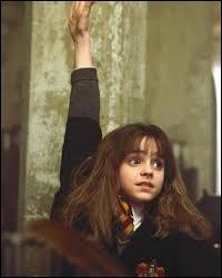 Quelle est la moyenne des notes d'Hermione ?
