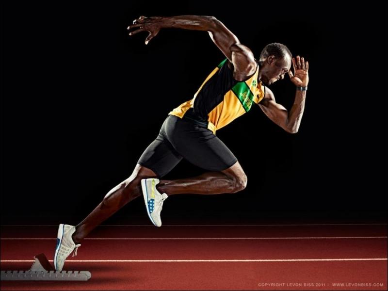La mer des Caraïbes, la ville de Montego Bay, membre du Commonwealth, champion olympique d'athlétisme.