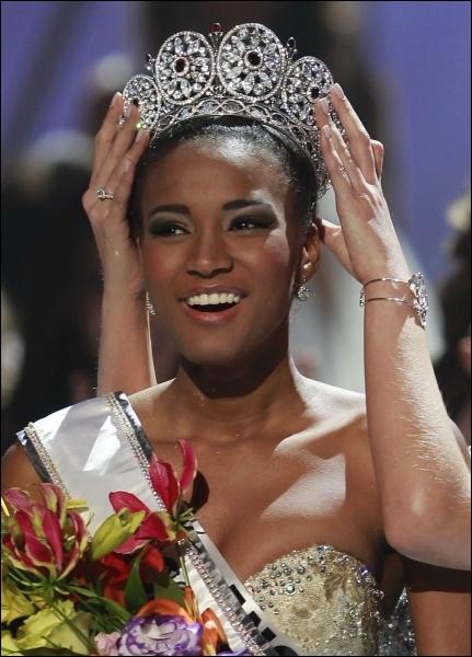 Afrique australe, Leila Lopes Miss Univers 2011, la ville de Benguela, José Eduardo dos Santos.