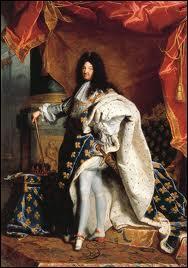 À partir de quelle année Louis XIV règne-t-il personnellement ?
