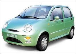 Voici une voiture chinoise, à laquelle on a donné le prénom, ou presque, de l'épouse de l'ancien 1er Ministre britannique Tony Blair, c'est à dire... ?