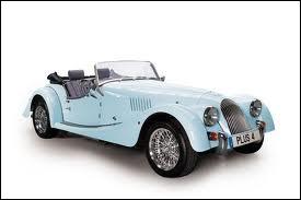 Cette très belle voiture porte un prénom anglo-saxon, qui connaît en France une version féminine, celle de la fée de la légende arthurienne...