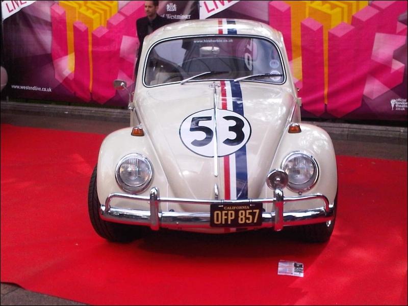 Voici la célèbre Coccinelle de Volkswagen, qui est une star de cinéma reconnue sous le charmant prénom de ?