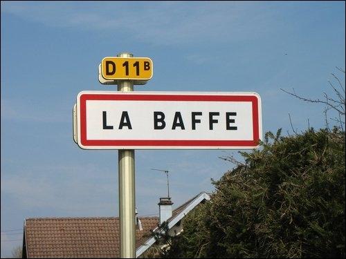 Attention à ne pas vous en prendre une ! Comment nomme-t-on les habitants de cet accueillant petit village des Vosges ?