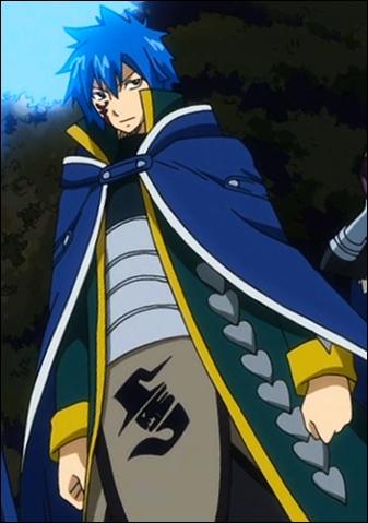 Qui a protégé Erza quand elle allait se faire tuer lors des combats des Grands jeux magiques l'opposant aux dragons ?