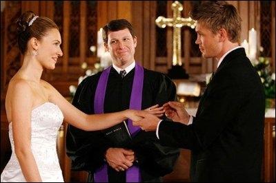 Est-ce que la femme et l'homme ont dit  oui  ?