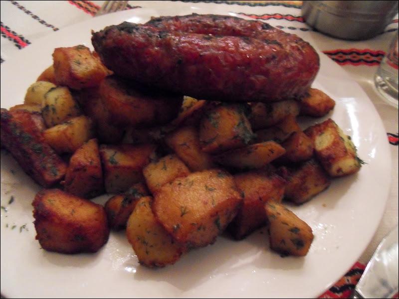 Quel est le pays dont une des spécialités est la saucisse sèche épicée appelée soudjouk, les meilleures venant de Gorna Orjahovica ?