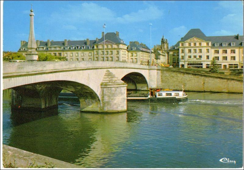 Quizz compi gne histoire de la ville de son palais - Piscine mercieres compiegne ...