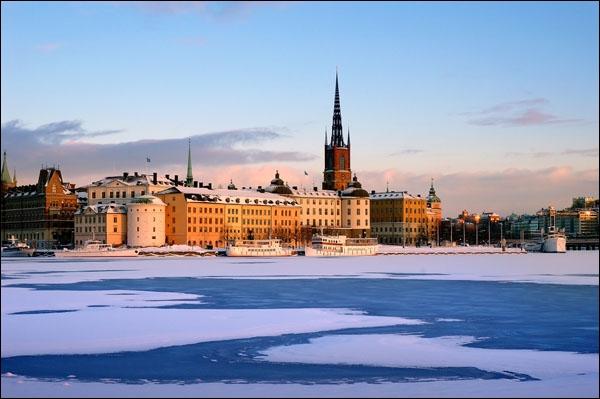 En quelle année la Suède a t-elle quitté l'Union de Kalmar, une alliance de grande ampleur réunissant les pays scandinaves ?