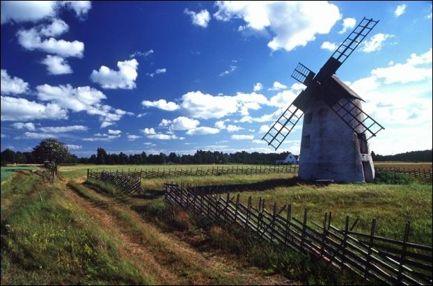 La Suède est le plus peuplé des états scandinaves. Combien d'habitants rassemble ce pays ?