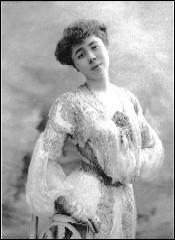 Comment s'appelle cette pianiste française, créatrice d'oeuvres de Ravel, dont le nom est maintenant associé à un concours ?