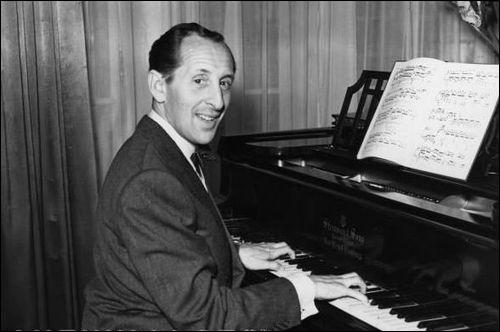 Quel est ce pianiste d'origine ukrainienne, excellent boxeur dans ses loisirs, surnommé par beaucoup  Le roi des pianistes , qui toucha à tous les répertoires ?