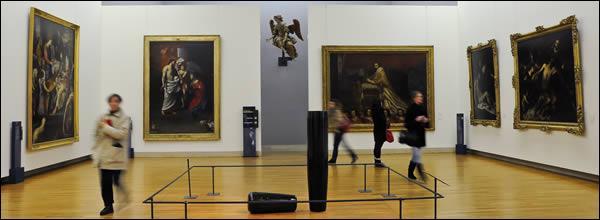 Le Louvre, Guimet, Orsay... Ces lieux ont pour vocation de conserver et d'exposer des œuvres d'art. Ils doivent leur titre de  musée  à la mythologie, mais de qui s'agit-il ?