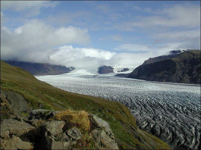 Quel pourcentage du territoire islandais est couvert par ses glaciers ?