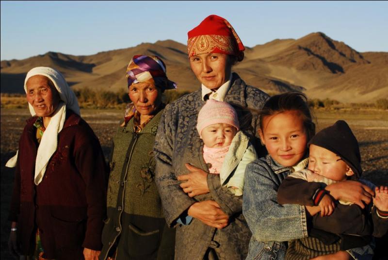 Quelle affirmation à propos de la démographie de la Mongolie est vraie ?