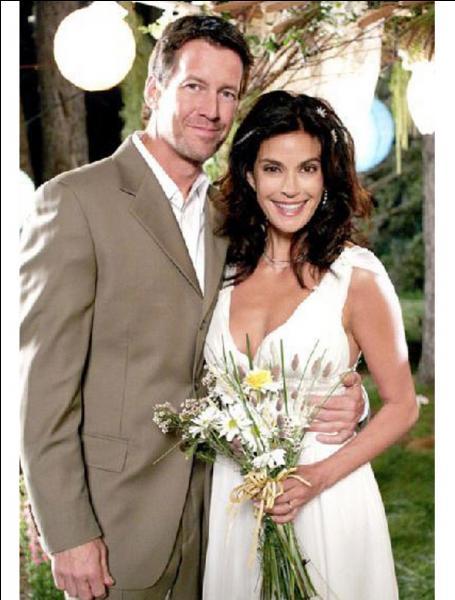 Dans la saison 6, qui interrompt le mariage entre Mike Delfino et Susan ?
