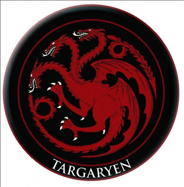 Au début de la saga, combien de Targaryens sont considérés en vie ?