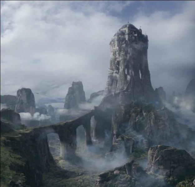 Jon Arryn, étant décédé, Robert Baratheon suggère de nommer un nouveau gouverneur de l'est. Qui désigne-t-il malgré le désaccord de sa Main ?
