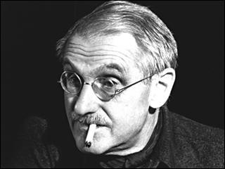 A quel siècle le dramaturge Jean Anouilh a t-il créé ses pièces de théâtre, et notamment  Antigone  ?