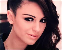 Quelle activité principale fait Cher Lloyd ?